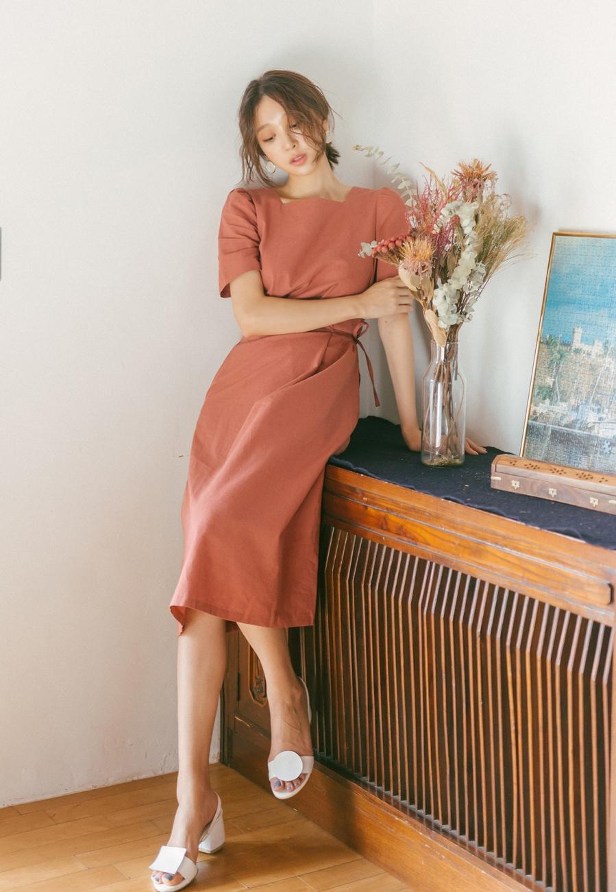 10 mẫu váy đơn sắc phong cách Hàn trẻ trung, đẹp ngất ngây hot nhất mùa hè  2019