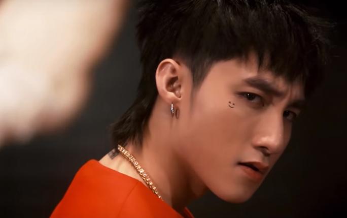 Sau hai ngày lên sóng, MV 'Chạy ngay đi' giúp kênh YouTube của Sơn Tùng  thăng hoa như thế nào?