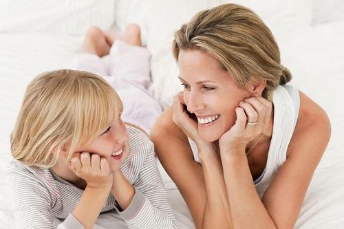 Vì sao không nên cho con cái bạn yêu sớm?