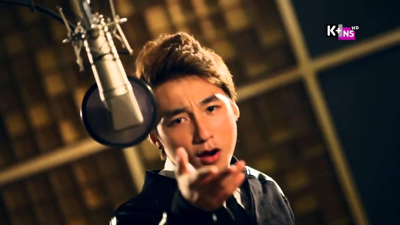 Lời bài hát Cơn Mưa Ngang Qua Lyrics Con Mua Ngang Qua, MP3, Video MV